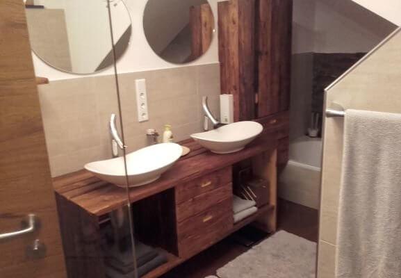 Waschtisch & Badschrank Altholz