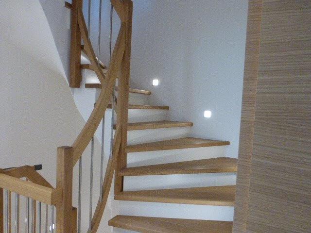 Treppenstufen-Handlauf Eiche