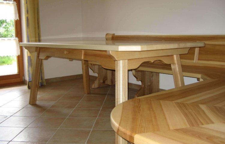 Eckbank Tisch und Ofenbank