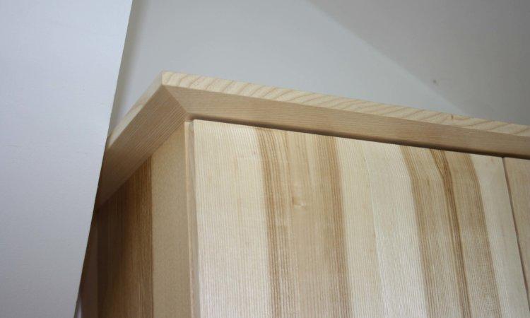 Küche Esche mit Kern Türen leicht Schräg