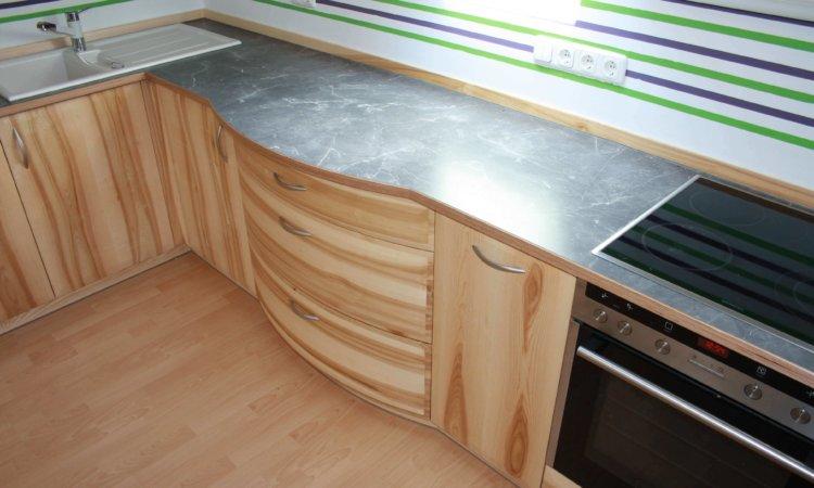 Küche Esche mit Kern mit runden Schubladen