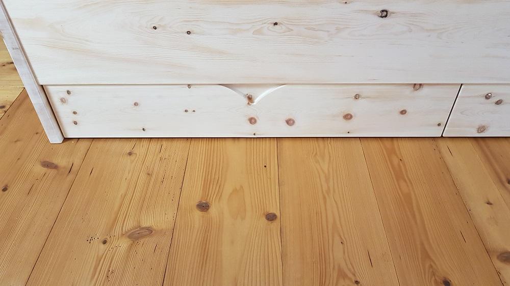 Zirbenschubladen unterm Bett